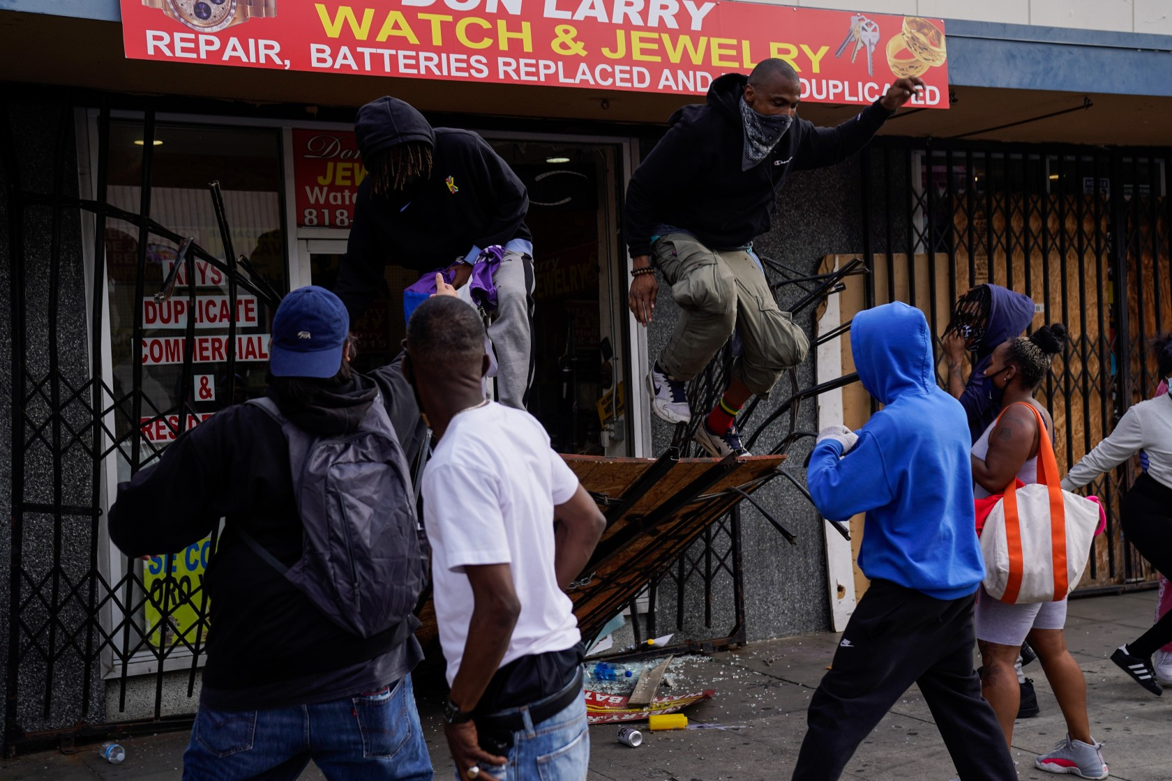 Black Business Owner LOSES IT After Criminal Looters Destroy His Business During Riot! [VIDEO]